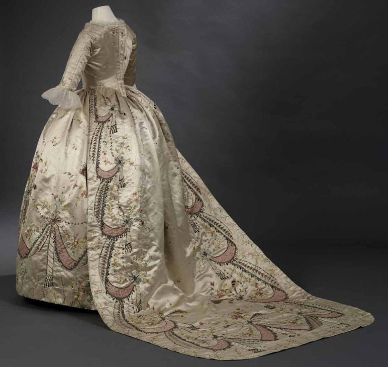 18th century court costume and Marie-Antoinette « Versailles and More