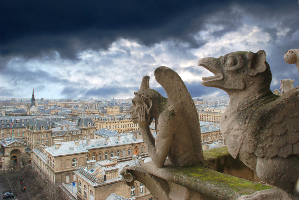gargoyle watching over Paris
