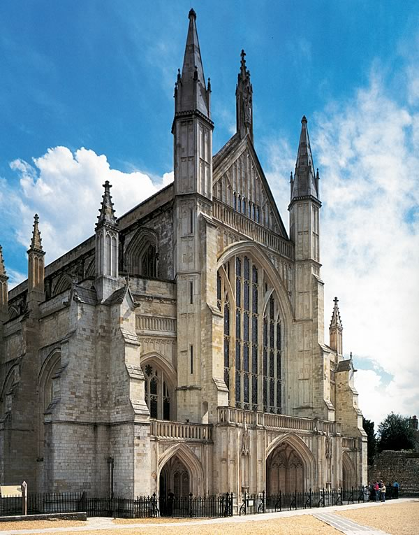 Gothic architecture in england for Winchester architects